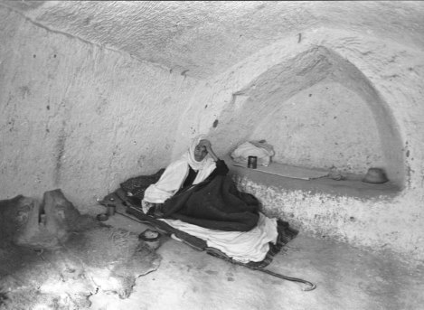 115-year-old-man-in-matmata-a-troglodyte-village-south-tunisia-1970