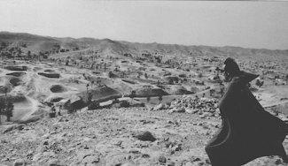 magmata-troglodyte-village-n-the-tunisian-desert-foto-1971